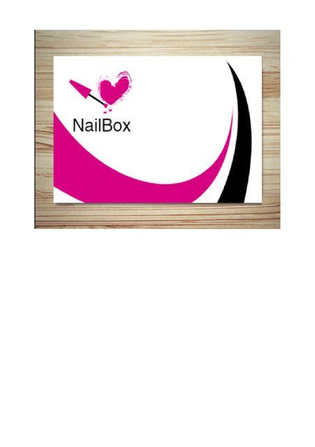 Flo's NailBox / la boîte à ongle de flo